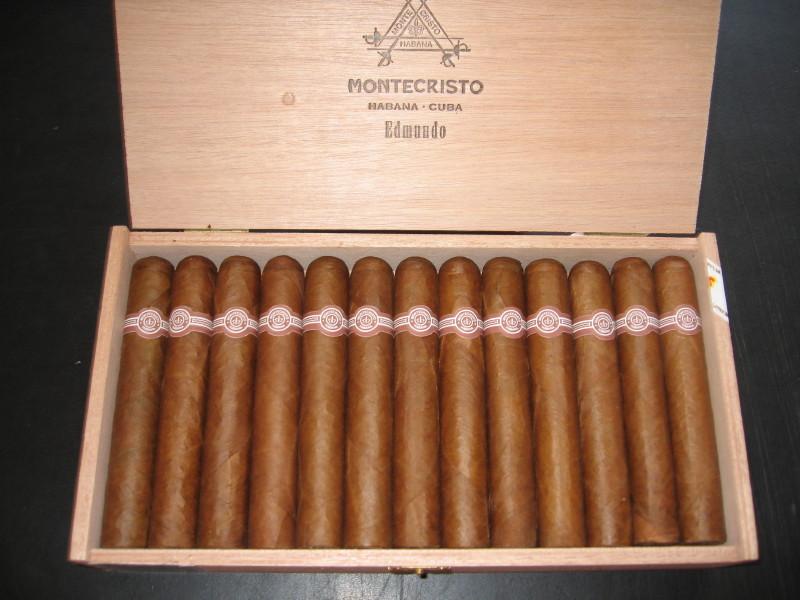xì gà Montecristo Edmundo